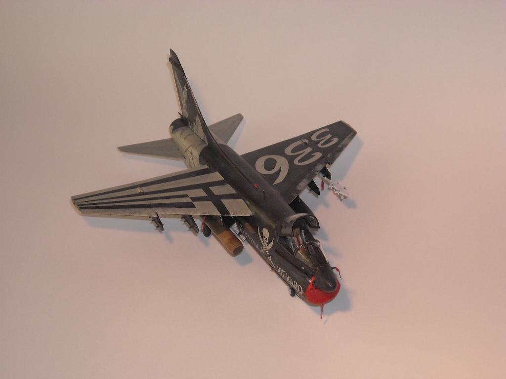 1/72 Hobby Boss A-7E(Όλυμπος) DSCN7946_zpscad4e461