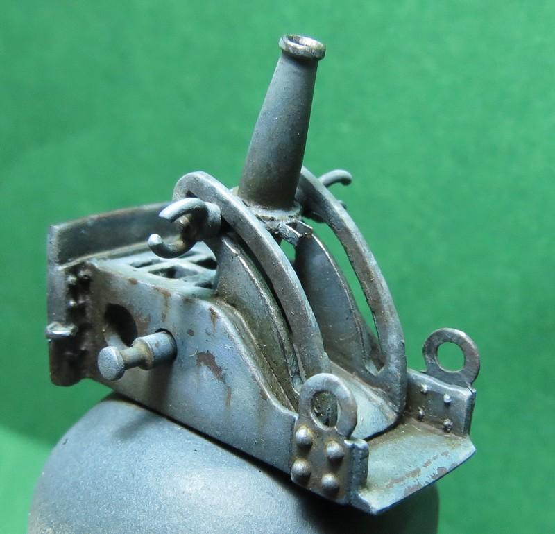 Artillerie de tranchée JMD (65 mm) - Page 2 IMG_0789recadreacutee_zps9d0b3e73