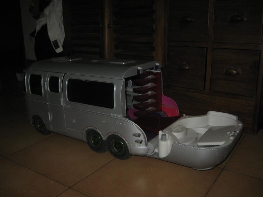 Camping car 6x6 IMG_1586_zps42167276