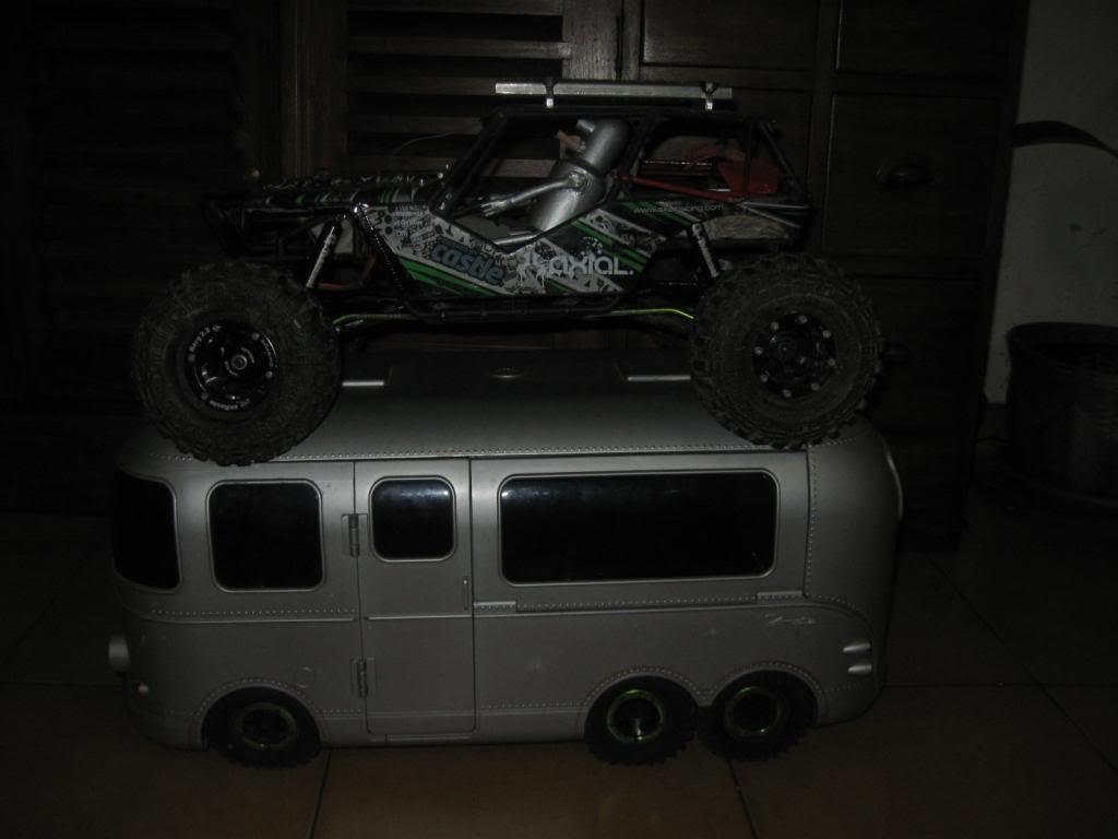 Camping car 6x6 IMG_1587_zpscae17765