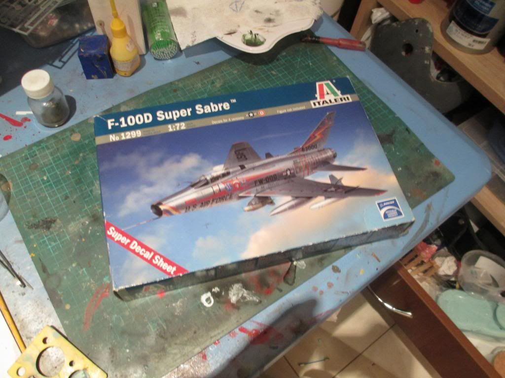 F-100D-Italeri-1/72 IMG_2480_zpsa17ba4e2