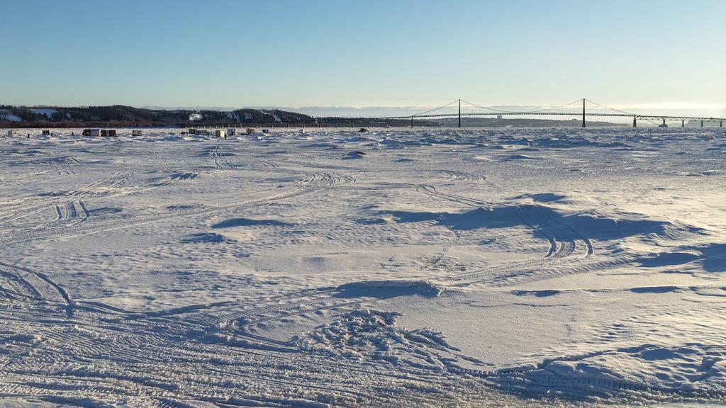 Pêche sur la glace Ile%2023_zpsrzrzmtj3