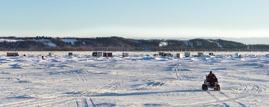 Pêche sur la glace Ile%2027_zpsddhwk1m6