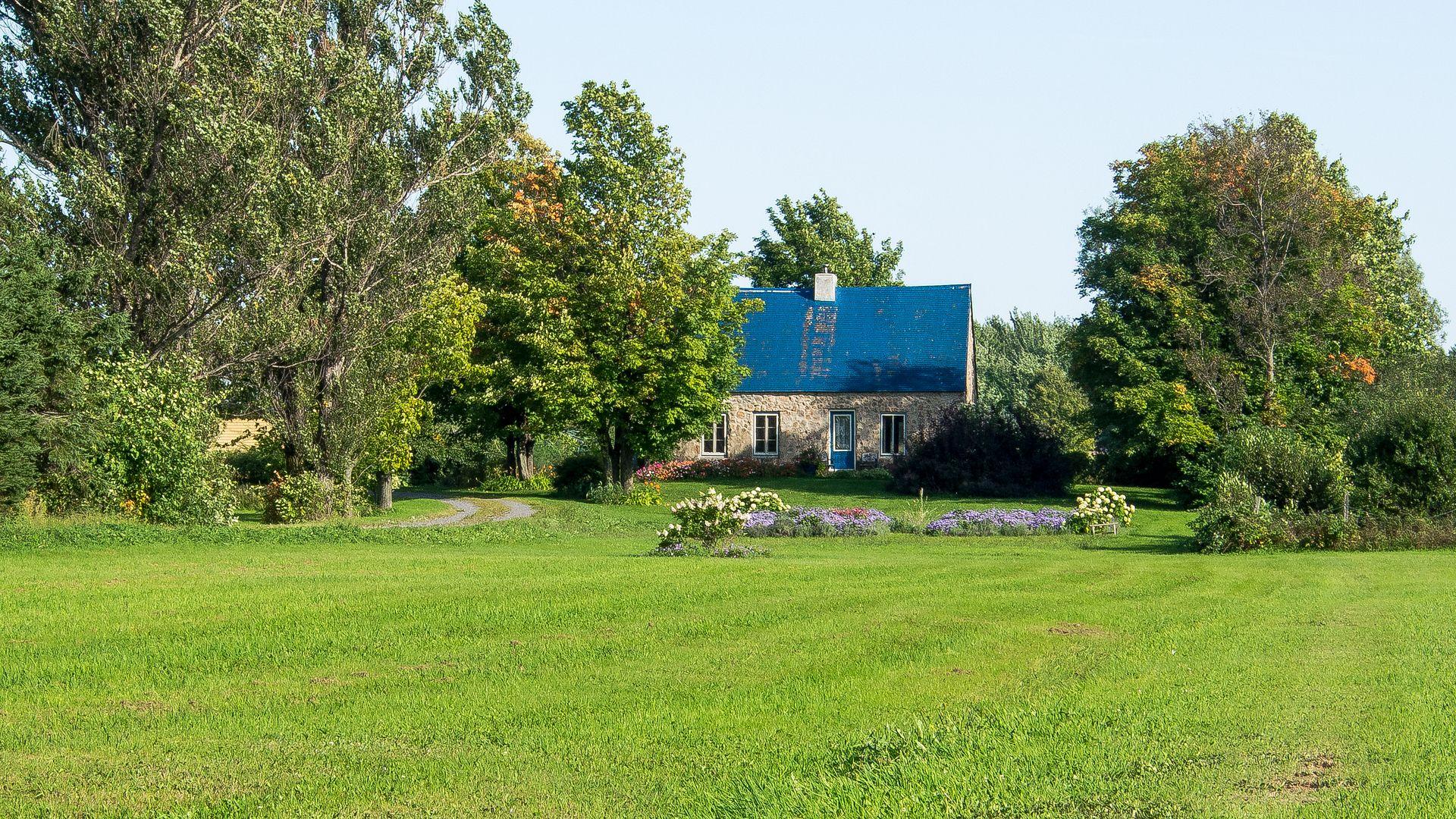 Maison traditionnelle Ile232_zps6dd4174c