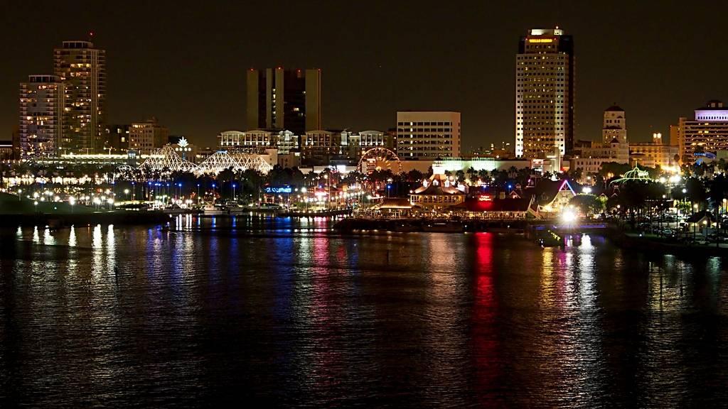 Long Beach by Night 46b84c88-46ee-4d66-b47a-8ceffdbf24ad_zpswpniwpos