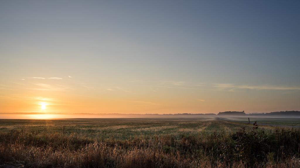 Ce matin au lever du soleil (Ajout +2) Mitan%2046_zpsspq2judp