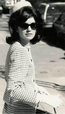 Jackie Kennedy-Onassis Jackie-o-show-1