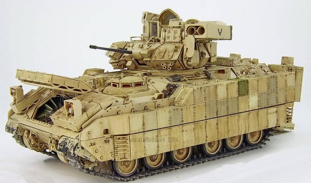 Pascal's M2A3 ICV Bradley w/BUSK3 SMG_6247_zps4ca40be4