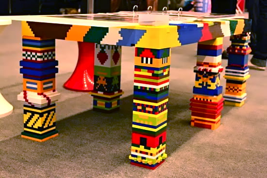 LEGO ιδέες για το σπίτι - Σελίδα 2 Lego-upcycling-ideas-when-you-have-too-many-of-lego-bricks-02