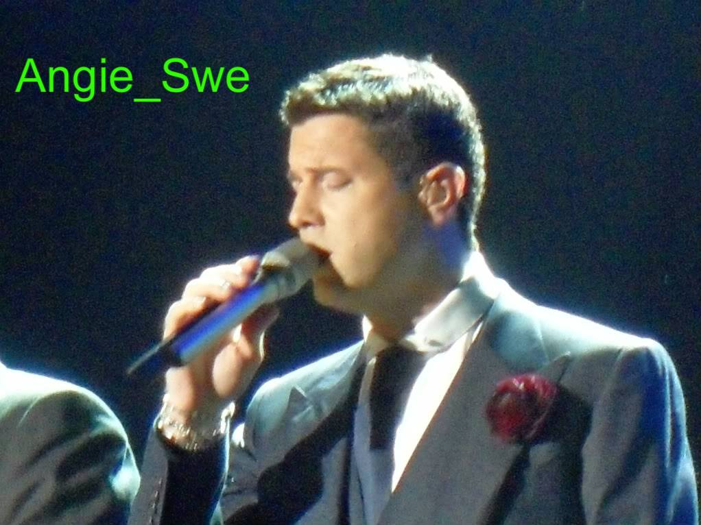 14 April Birmingham, United Kingdom (LG Arena) Ildivoenglandtour065