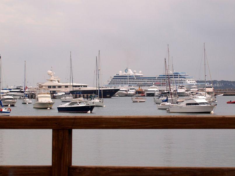 Vue du port et croisiere P2013535
