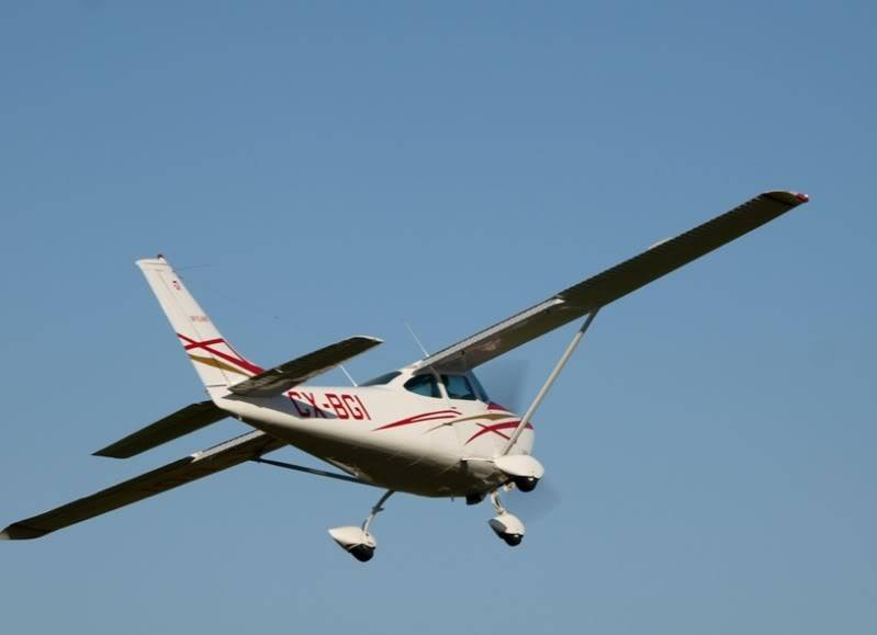 Cessna 182 Skylane P7023241