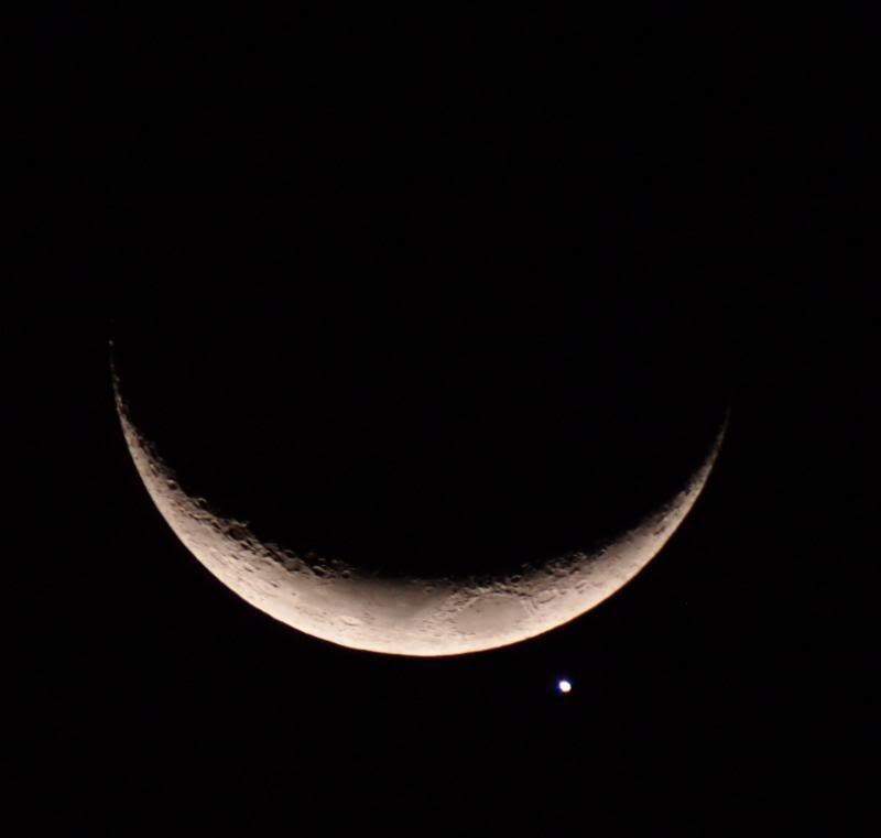 Venus et lune!! P9083551-708mm_zpsd6cdfc44