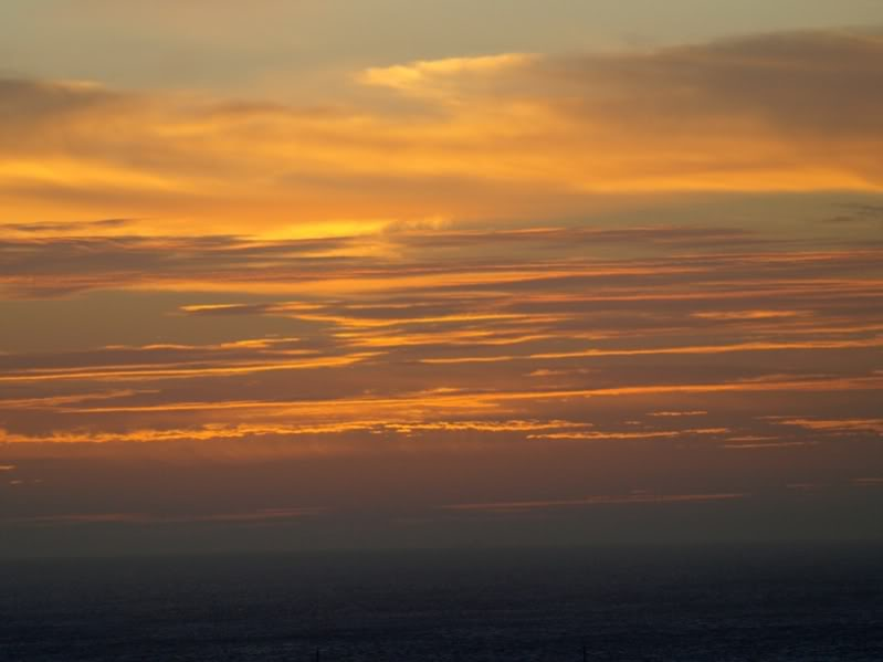 Droles de nuages!! CopiadeP1032445