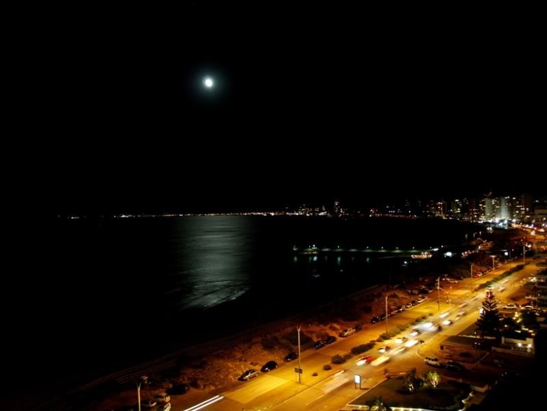 La lune et ses reflets P1164882