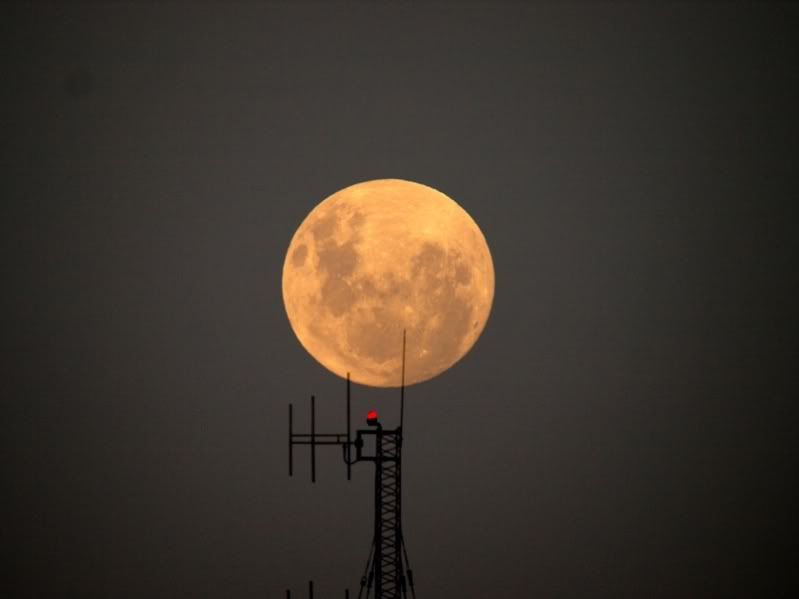Lune....nuages..!! P2172936