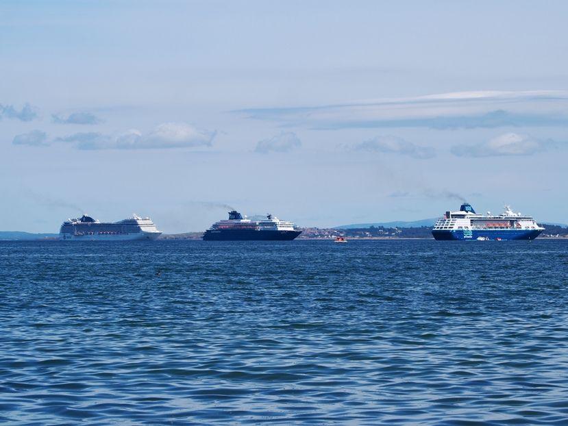 Et encore......des bateaux!!! P1220015_zps55550e91