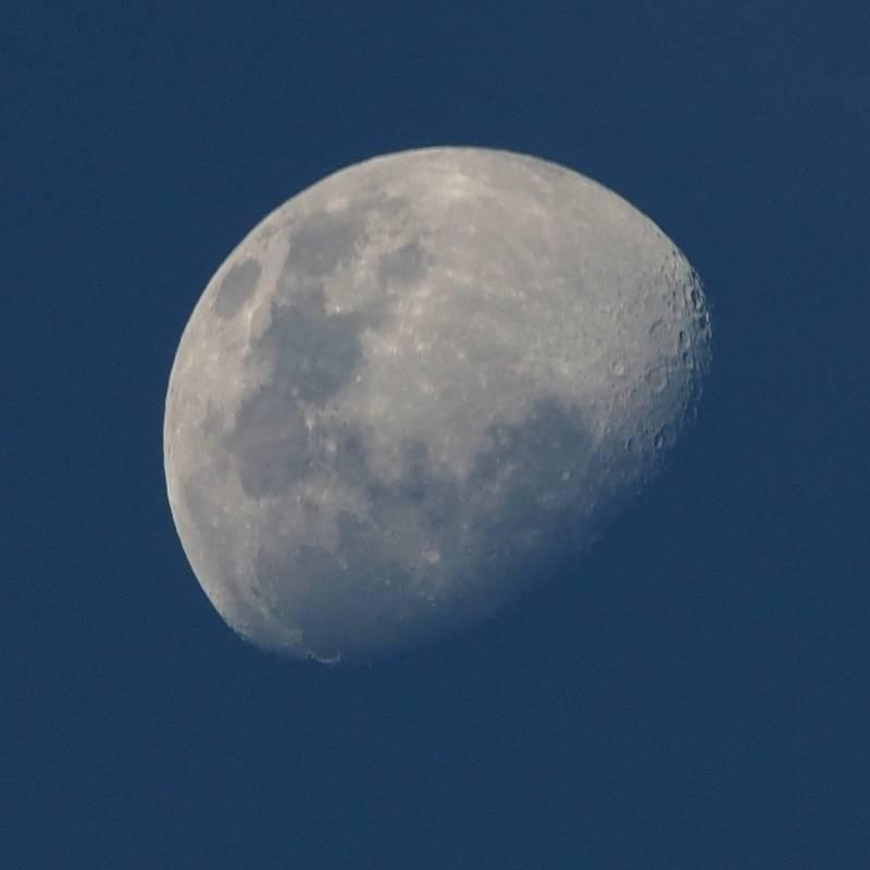 Lune du 13 Aout avec deux objectifs(Ajoute) P8130009_zps0nrlhtyn