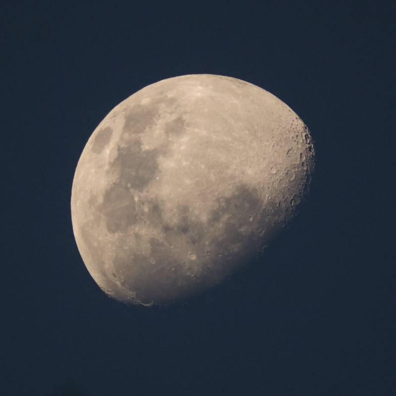 Lune du 13 Aout avec deux objectifs(Ajoute) P8130016_zpsbyajvfti