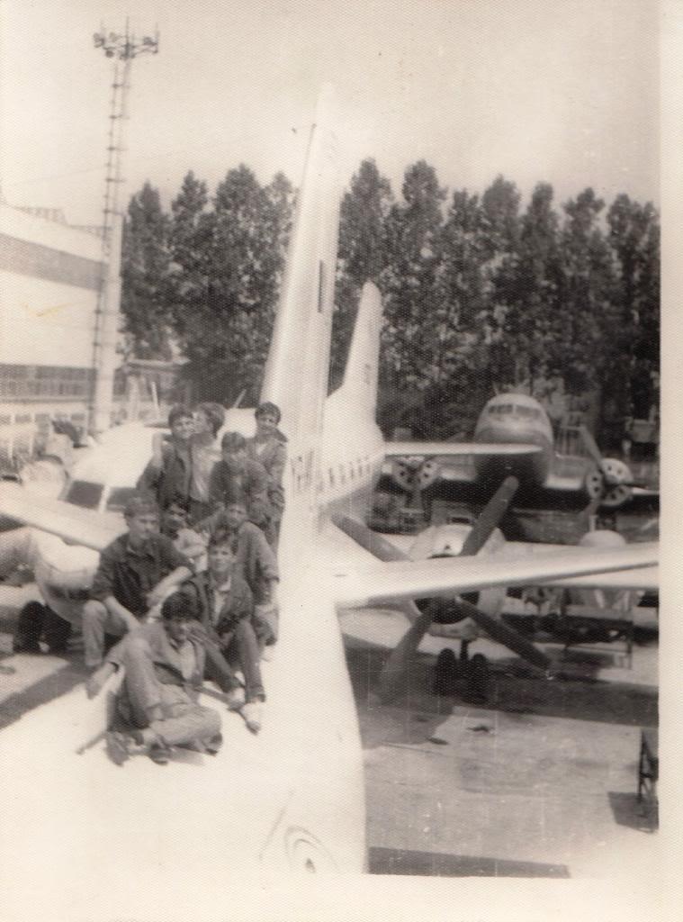 "Avioanele din Colegiul Tehnic de Aeronautica ""Henri Coanda"" - Pagina 6 Pic_0005_zps3120bf44"