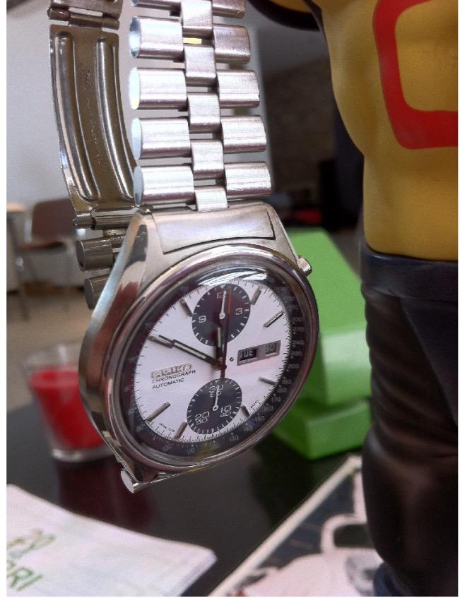 [Revue] Seiko Automatic Chronograph SDGZ013 - Panda 72360CAA-9201-4E16-BB2D-AFBEAF244196_zpsvmjrgwsp