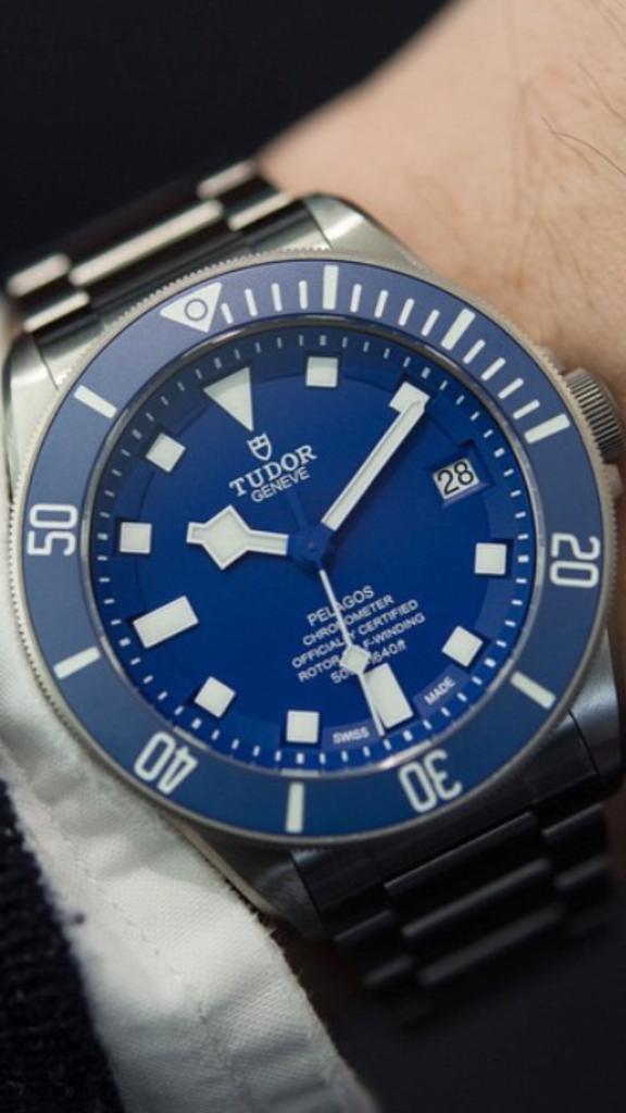 Tudor mouvement manufacture  E0538DAF-86C2-4573-B3D5-770A660189D4_zpsj7uruoys