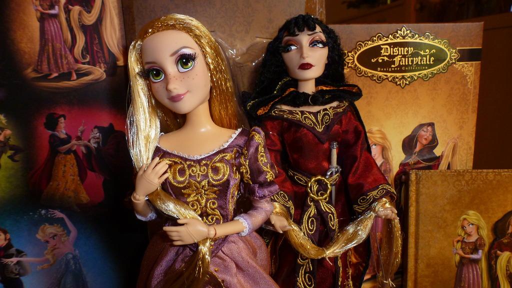 Disney Fairytale Designer Collection (depuis 2013) - Page 38 P1070217_zps88qqvy8g