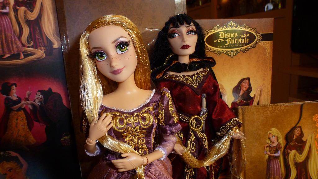 Disney Fairytale Designer Collection (depuis 2013) - Page 38 P1070222_zpscltxyexl