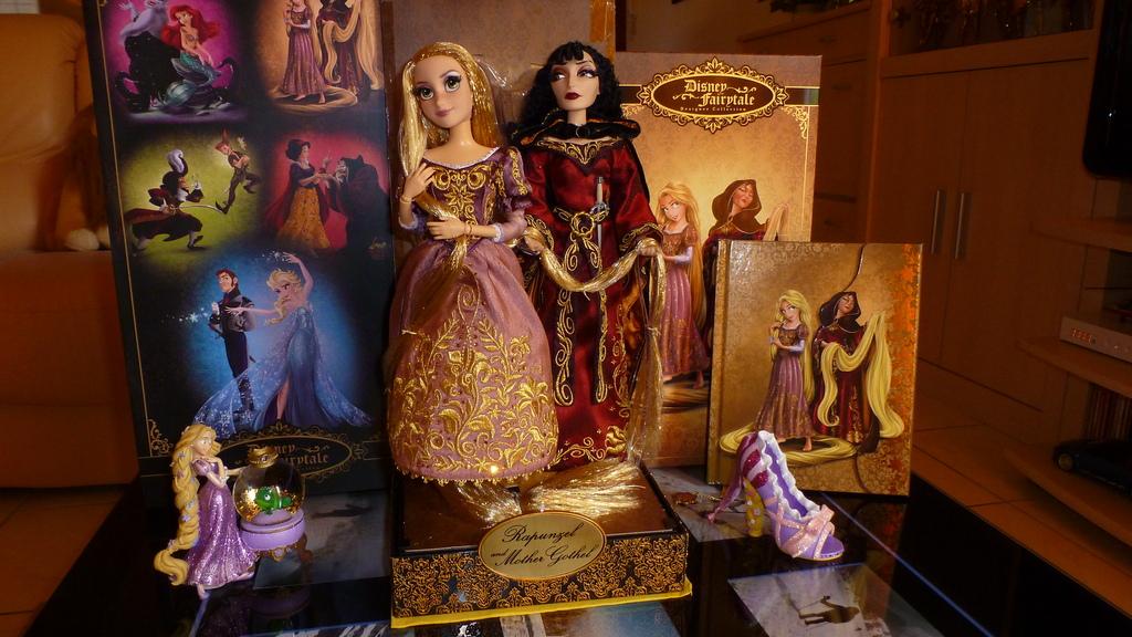 Disney Fairytale Designer Collection (depuis 2013) - Page 38 P1070240_zpsownu9fjx