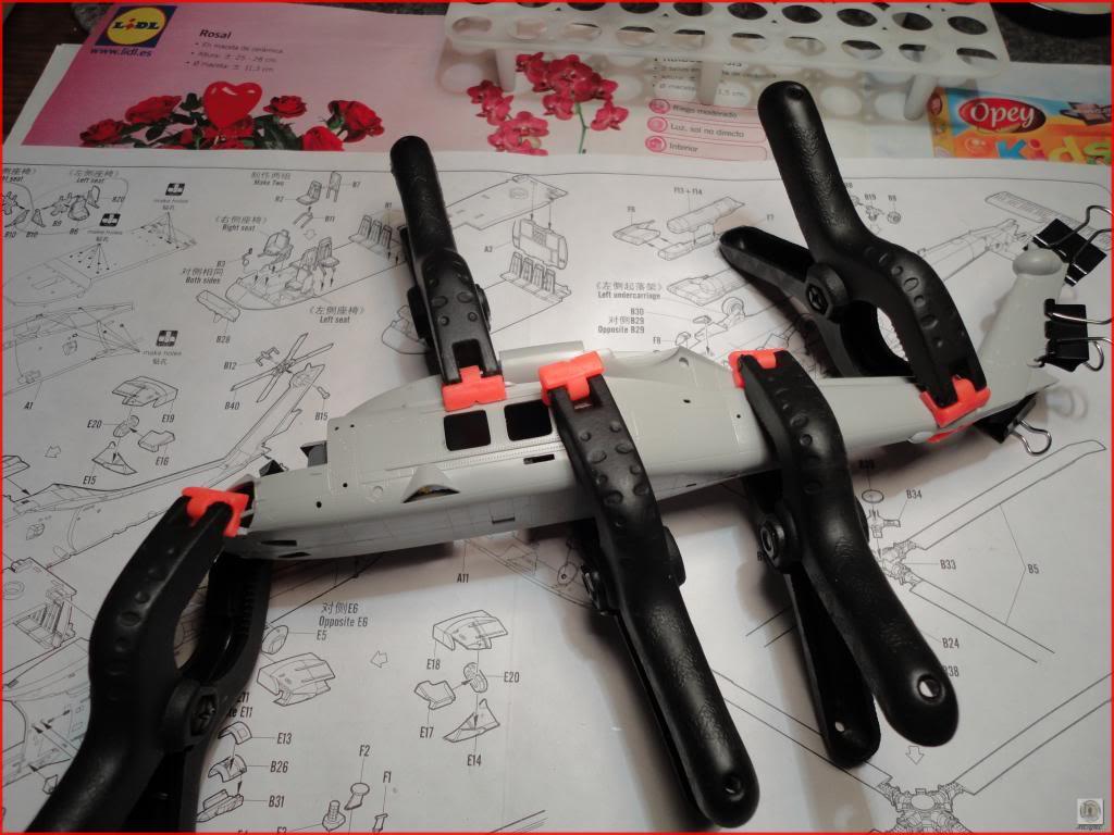 HH60-H Recue Hawk 1/72 Hooby Boss DSC07400_zps23715e26