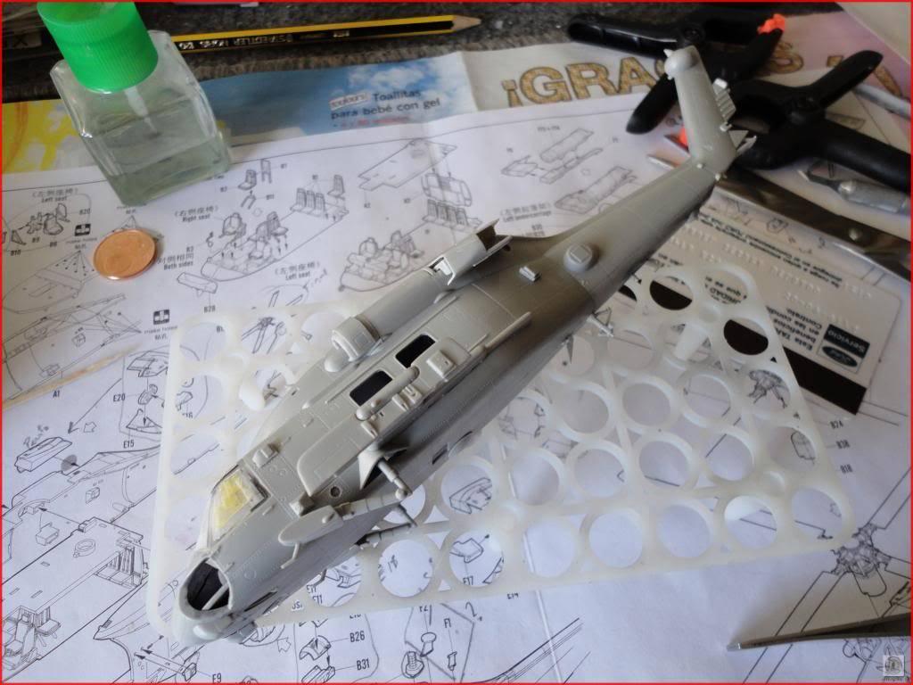 HH60-H Recue Hawk 1/72 Hooby Boss DSC07432_zps23db79f3