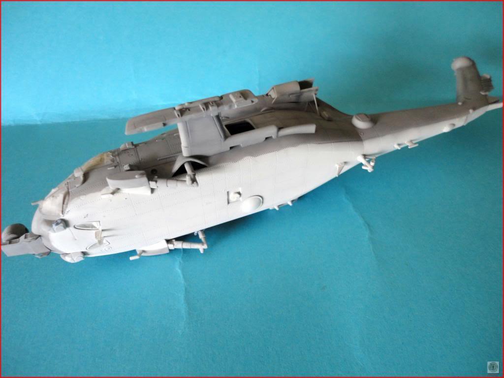 HH60-H Recue Hawk 1/72 Hooby Boss - Página 2 DSC07496_zpsc1a27248