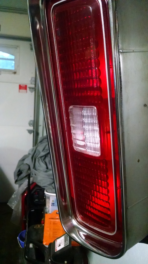 73 Laguna tail lights IMG_20150726_204831717_zpsjmepgccr