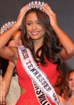 Rachel Smith: Miss USA 2007 - Miss Universe 2007/4th runner up Crowning2