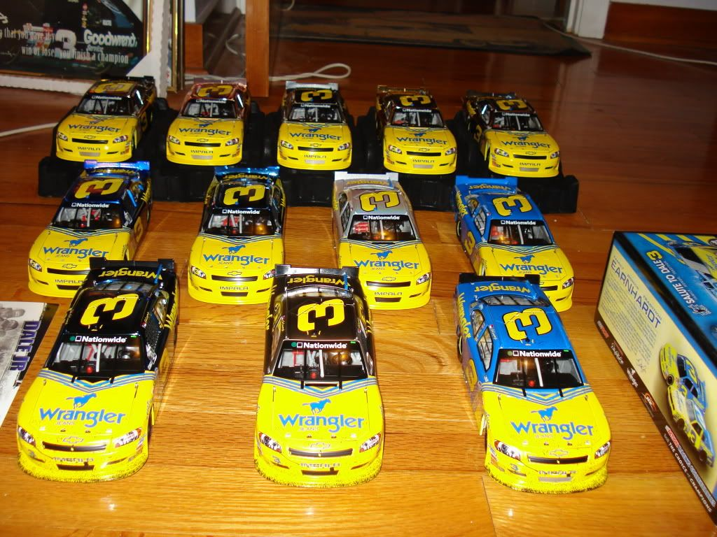 The Diecast/Hero Card/Other Memorobilia Thread - Page 3 DSC04295