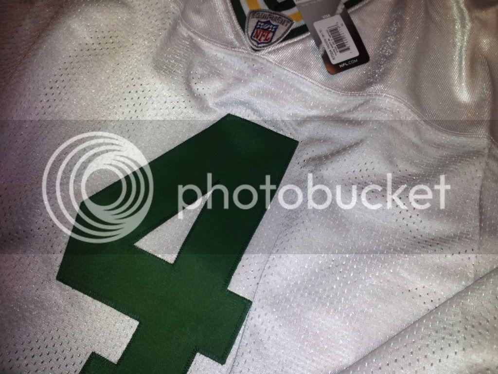Atlanta Vick and Green Bay Favre 2012-12-19193044_zps93483420