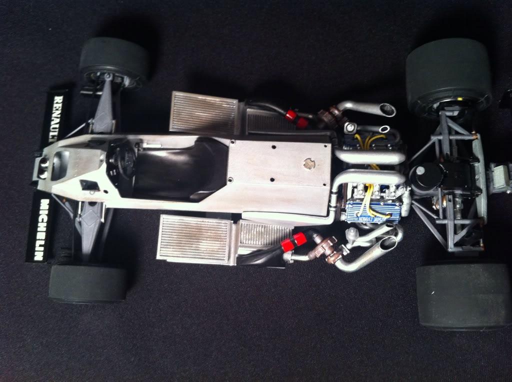 Renault RE30B Turbo - Page 2 6E2A2075-A41B-4766-A7F0-A0E4933E6B03-1734-000002F376DDFB32_zps031c87d1