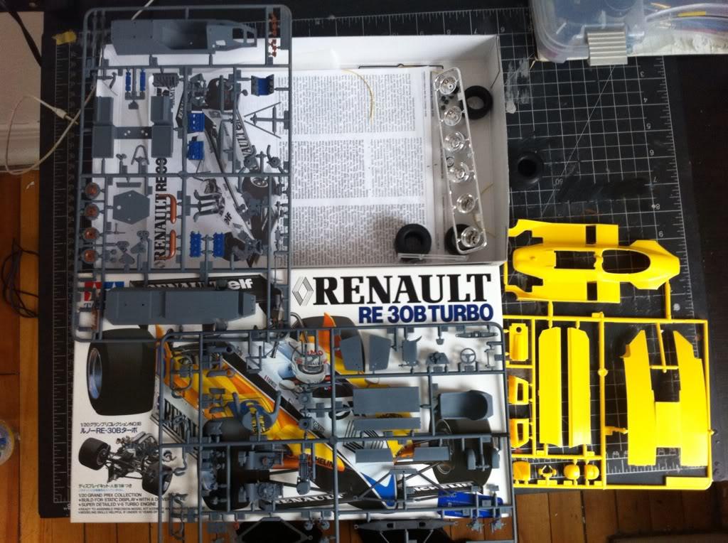 Renault RE30B Turbo EDFC2D06-0AD6-4F0F-B731-9162268D8C29-2724-0000032DAF10A7DD_zpsbae0dd78