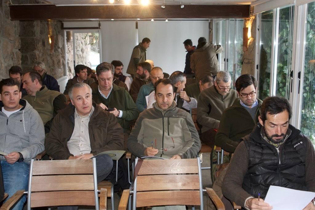 "resumen fotográfico del ""I. Curso de Rastro Avanzado"" celebrado en Cercedilla 2016 (Madrid) _DSC2423_zpsk5kkc3vm"