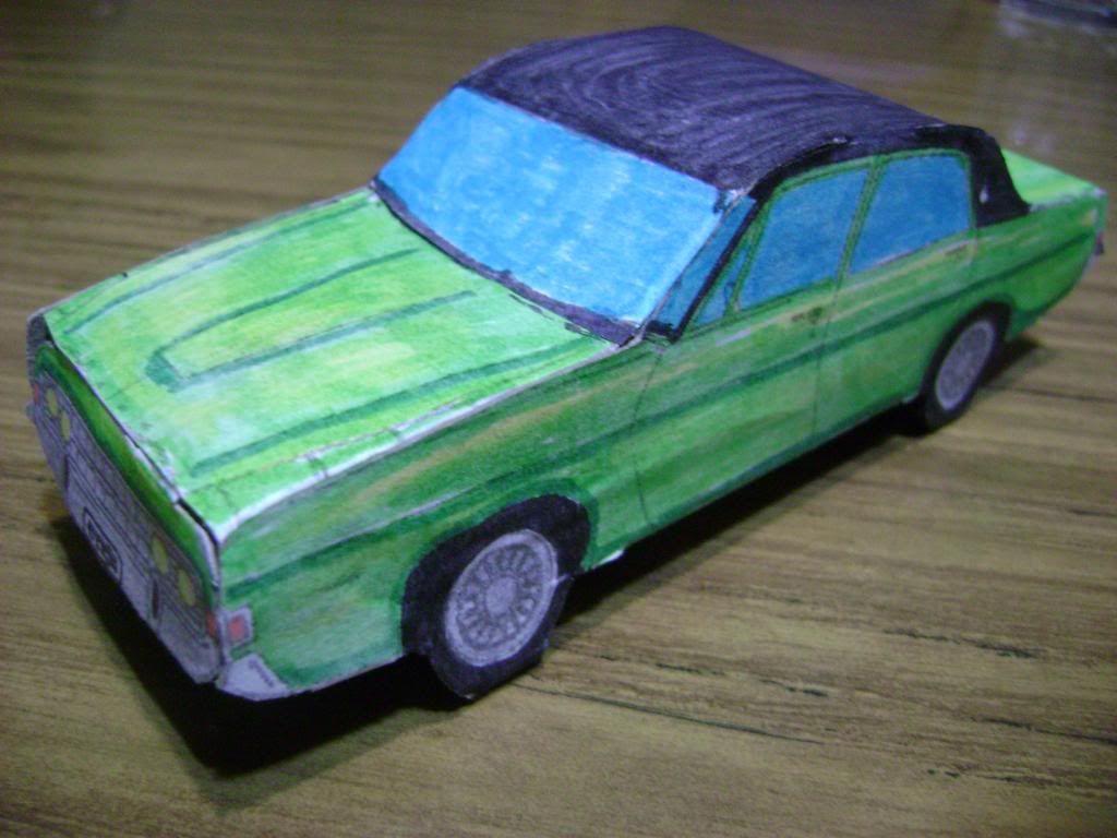 Ford Fairlane de papel concurso dia del niño 2012  DSC03434_zps9413642f