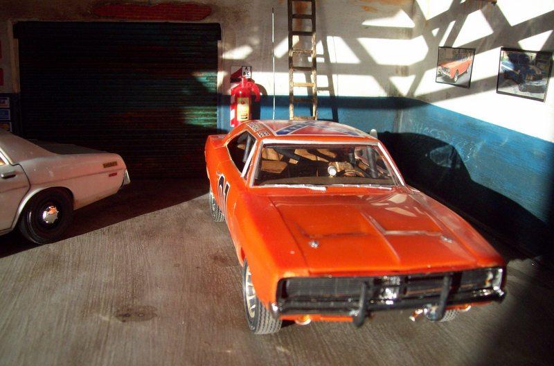 Dodge Charger General Lee (AMT 1:25 ) Rosco9_zps539c2d82