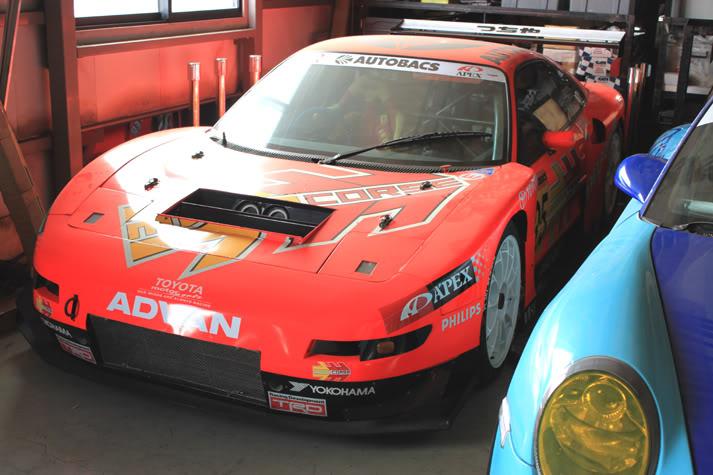 GT300 Racing Circuit Pics 110826_tsuchiya04_zpse8ee3c36
