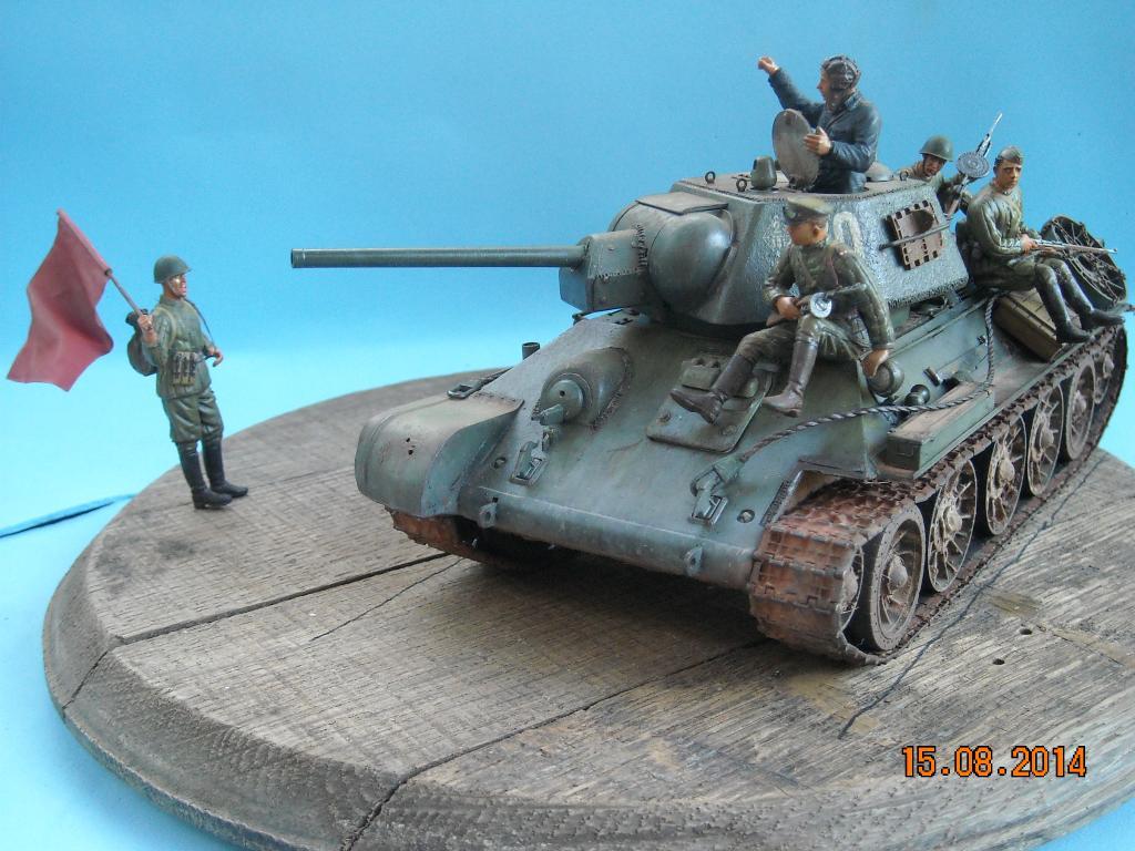 T-34/76 1943 de Tamiya 097_zpsdaefda30