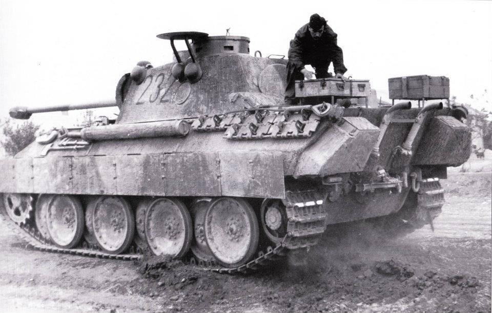 Emboscada: Panther Ausf A y comando del SAS - Página 2 10626646_790920830938226_5612605046617181704_n_zpsbejxkitf