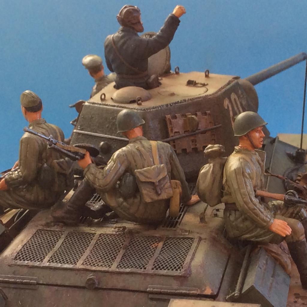 T-34/76 1943 de Tamiya 108_zpsc13bbe2a