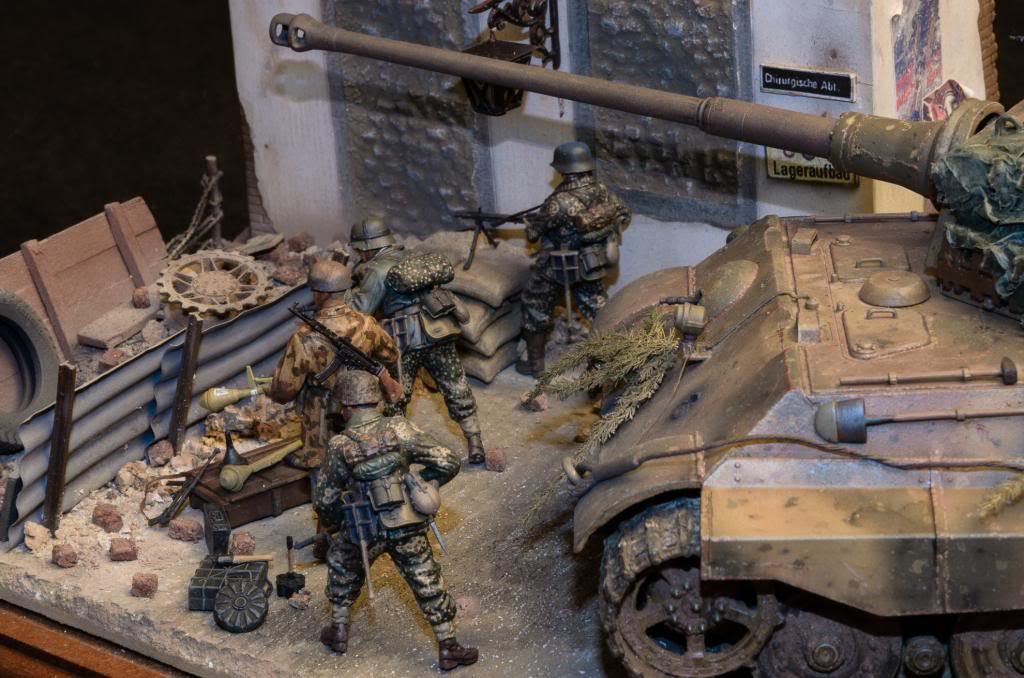 Panzerfaust. El sitio de Berlín. 260_zps994cfccf