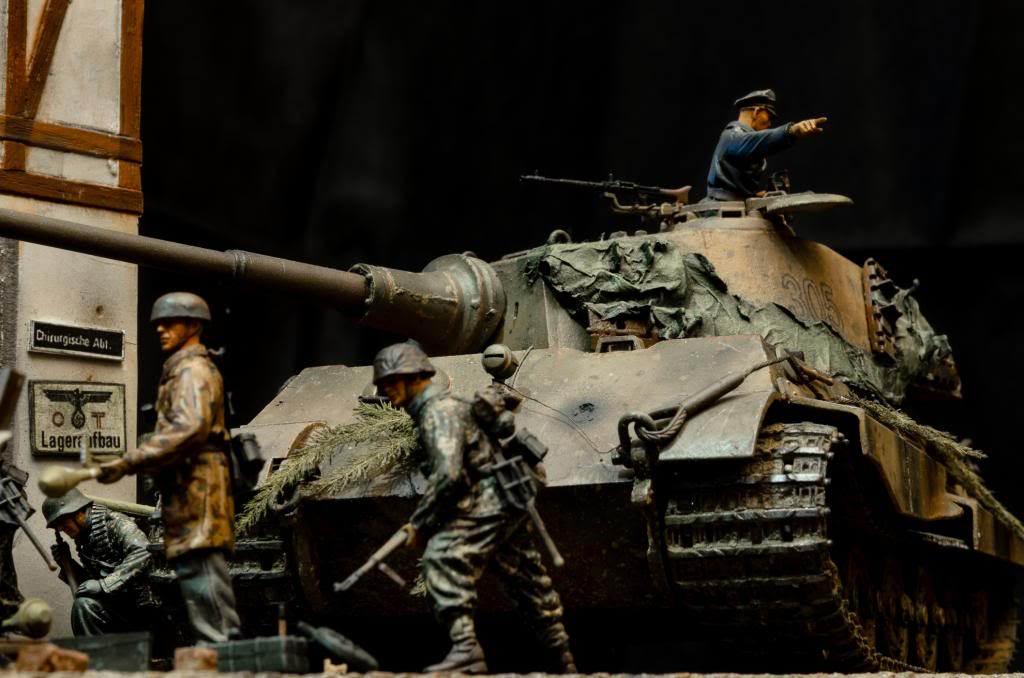 Panzerfaust. El sitio de Berlín. 262_zpscc4b06d5