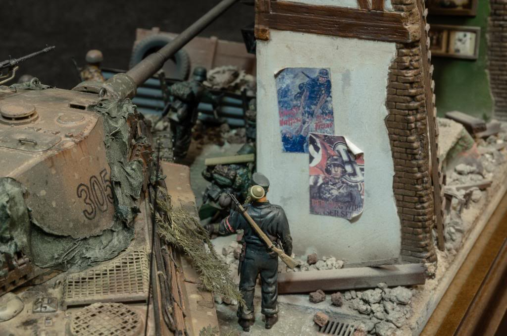 Panzerfaust. El sitio de Berlín. 272_zps52cb93fa