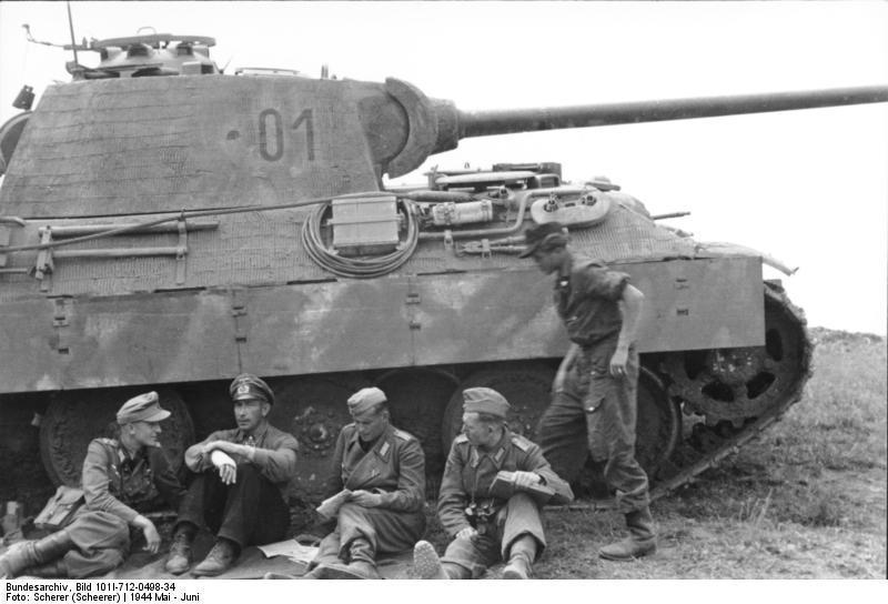Emboscada: Panther Ausf A y comando del SAS - Página 2 67295_500342919996020_2032613376_n_zpsri4nq63r