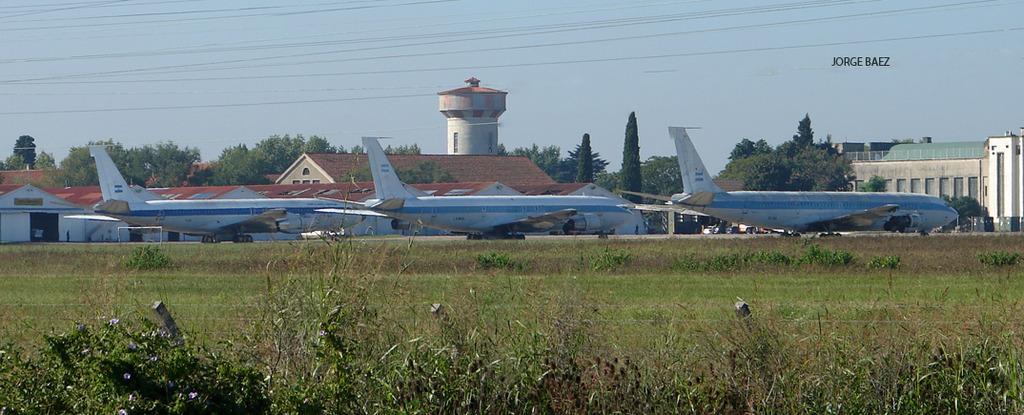 Seis años sin los Boeing 707 - Página 2 DSC00270_zpsn5eov6c4